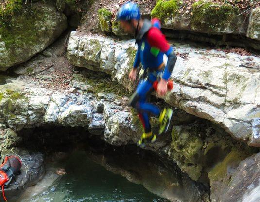 Canyoning Annecy, à la conquête de sensations extrêmes